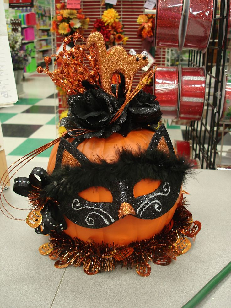 106 best Halloween Fun! images on Pinterest Halloween crafts - michaels halloween decorations