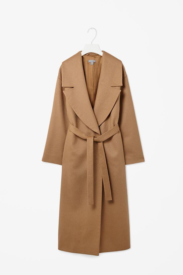 wide lapel wool coat.