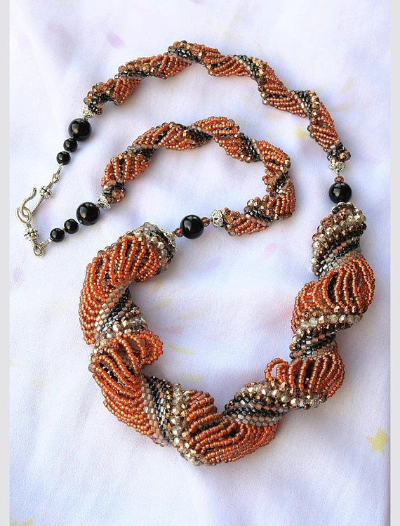 This Listing is for Beaded necklace Coral color, Unique necklace, Beaded jewelry, Long Necklace, Seed bead Necklace The length of this necklace is 72 centimeters Materials: Czech beads, metal accessories, beads Czech glass, silver accessories It is hand crafted to perfection made of