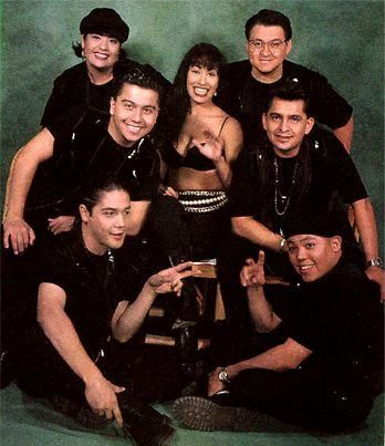 Selena Quintanilla and her Family with her husband Chris bottom left !! What a SAD day that was for this Family :(:(
