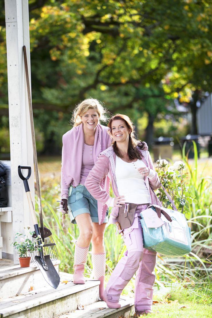 Продукция шведской марки Garden Girl разработана специально для женщин – это стильная удобная  и функциональная одежда, обувь и аксессуары для работы в саду в любую погоду. www.constagarden.ru