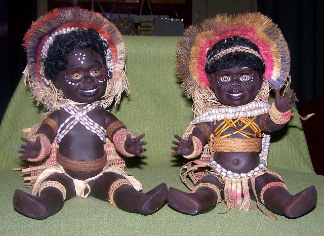 PNG Metti dolls,  sold as souvenirs.      Hard to believe these dolls are approximately 37 years old.