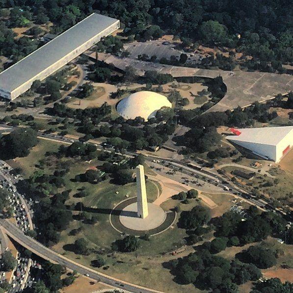#oscarniemeyer #all_shots #architectura #folhadesãopaulo #fotoencantada #great_captures_americas #igsaopaulo #ig_saopaulo #ig_worldclub #ig_all_americas #ig_captures #lugares_lindo #olharesemimagens #pelasruasdesãopaulo #rsa_streetview #saopaulocity #sp4you #saopaulowalk #vscobrasil #vejasp #nsbportugal #igdaily #igaddict #igersbrasil #azullinhasaereas #obelisco #oca #bienal by ciminelli
