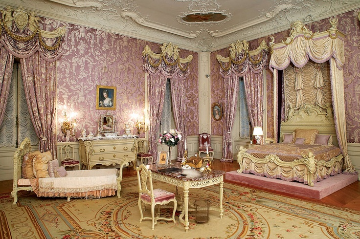Alva vanderbilt 39 s room in marble house decorated in a for French rococo style