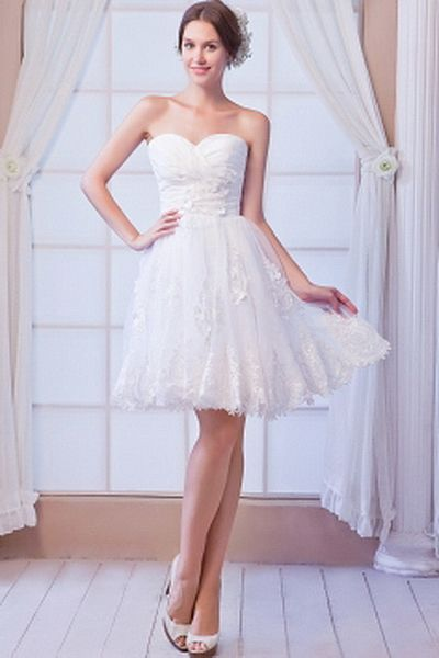 A-Line White Beading Wedding Dresses bwd0138 - FABRIC: Organza; NECKLINE: Sweetheart; SILHOUETTE: A-Line; CLOSURE: Zipper. - Price: 155.99 - http://www.budgetweddingdresses.ca/a-line-white-beading-wedding-dresses-bwd0138.html