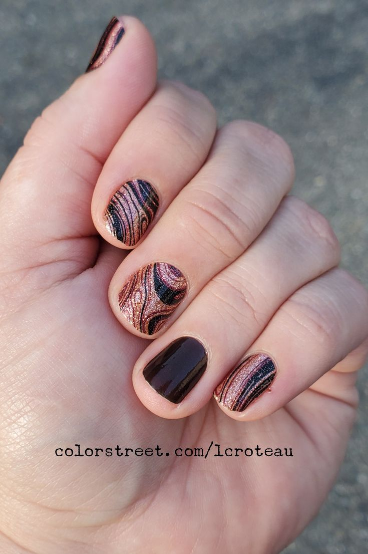Color Street Mani Best Of Both Swirls With A Made In Milan Accent Color Street Color Street