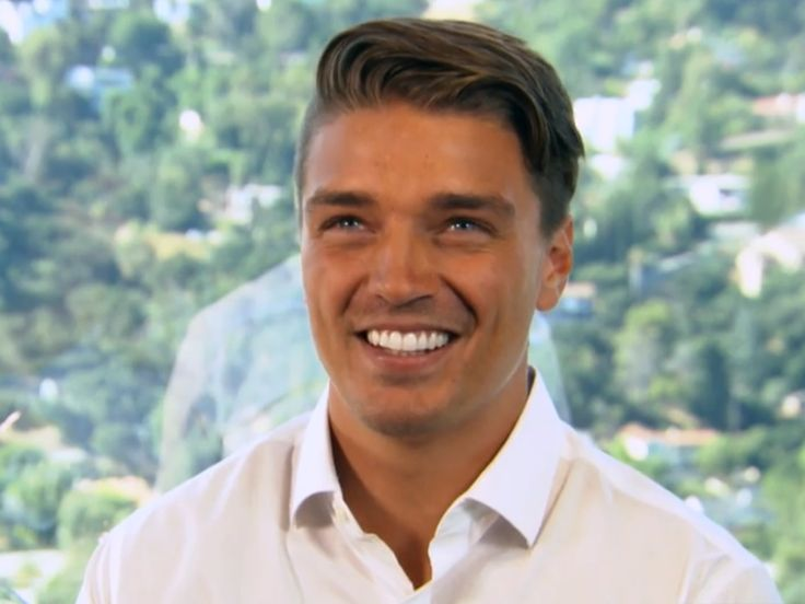 "'Bachelorette' fan favorite Dean Unglert explains why he won't be ABC'S next Bachelor - The INSIDER Summary: Dean Unglert was on ""The Bachelorette."" Rachel Lindsay didn't pick him. He says he isn't ""ready"" to be the next bachelor. But he will be on ""Bachelor in Paradise."" Dean Unglert won fans over on ABC's ""The Bachelorette"" and they were sad to see him go when Rachel Lindsay sent him packing after the hometown date on this week's episode. But if fans were hoping to see Unglert, 26, back"