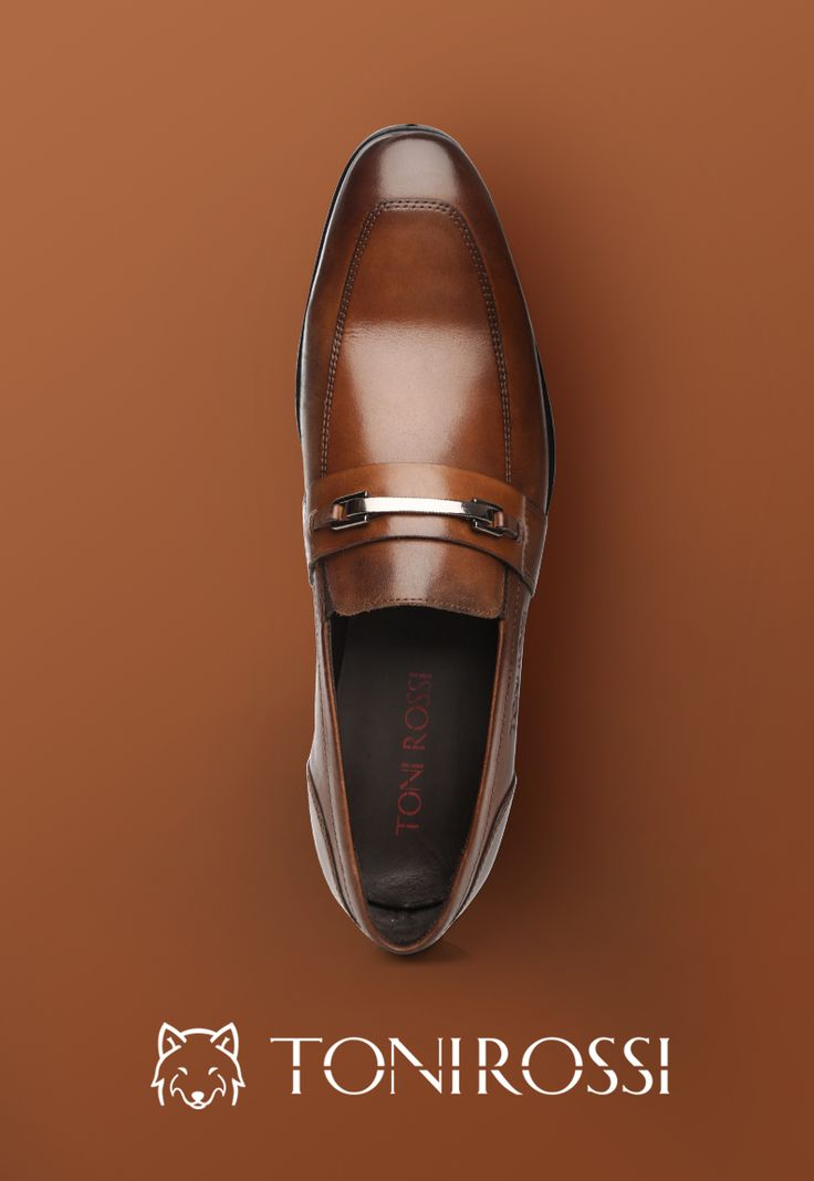 Pick for the day! Classic brown will make you look sharp in every situation. #tonirossiworld #formalshoe #slipons #leathershoe #musthave