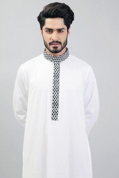 Ultimate White thobe - White with black white arabic texture