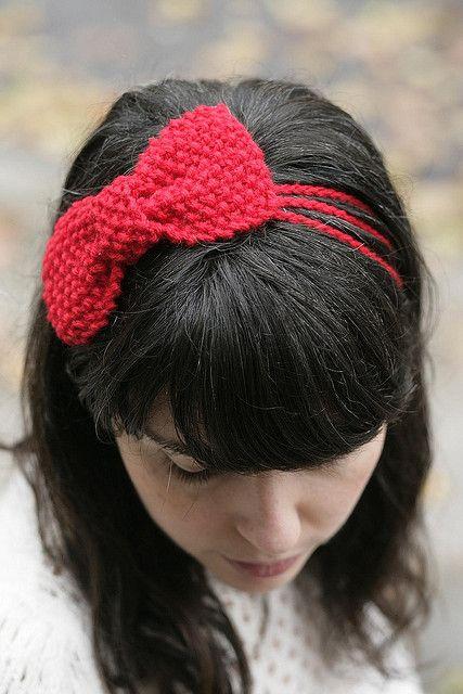 knit bow pattern: moss stitch bow headband