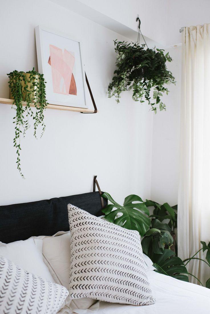 Bed love (make this cushion headboard now!)