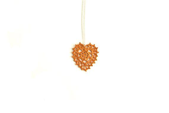Heart Collana lunga con pendente a cuore di pizzo giallo di VereV