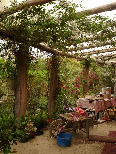 how to build a rustic arbor