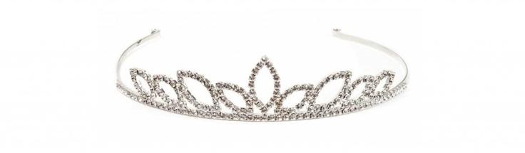 Diadem//Diadema in ottone argentato e strass swarovsky crystal  €72,00  #wedding #bride