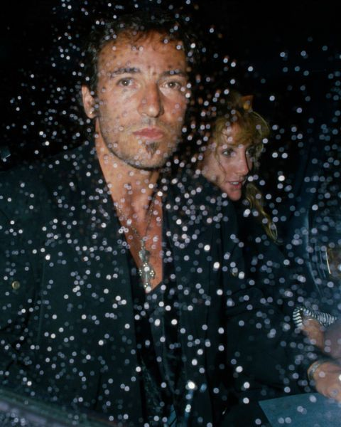 Bruce Springsteen and Patti Scialfa - Canal Bar, NYC 1988 (by Ron Galella)