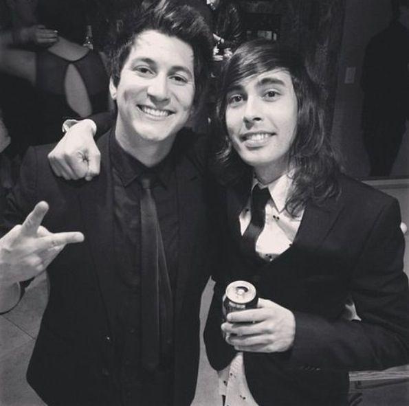 Jaime Preciado and Vic Fuentes - 35.1KB