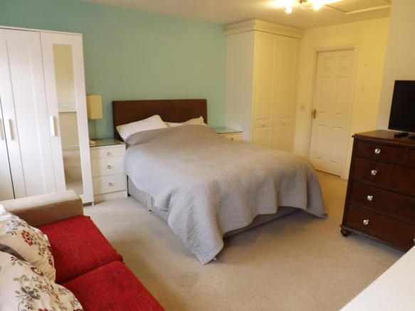 4 bedroom house share to rent - Brouder Close, Coalville Key features  Fully furnished Double rooms to let House share Available now Bills included Ensuite room available   #coalville #property https://coalville.mylocalproperties.co.uk/property/4-bedroom-house-share-to-rent-brouder-close-coalville/