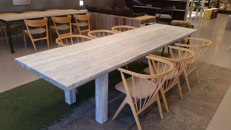 1862 bord i lys smokey grey