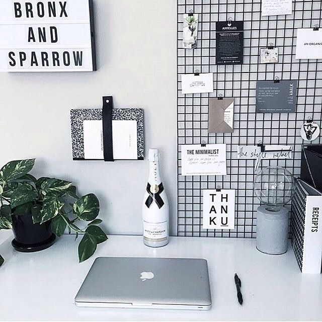 Black and White Office Space  Work Space  Pinterest  책상 및 집