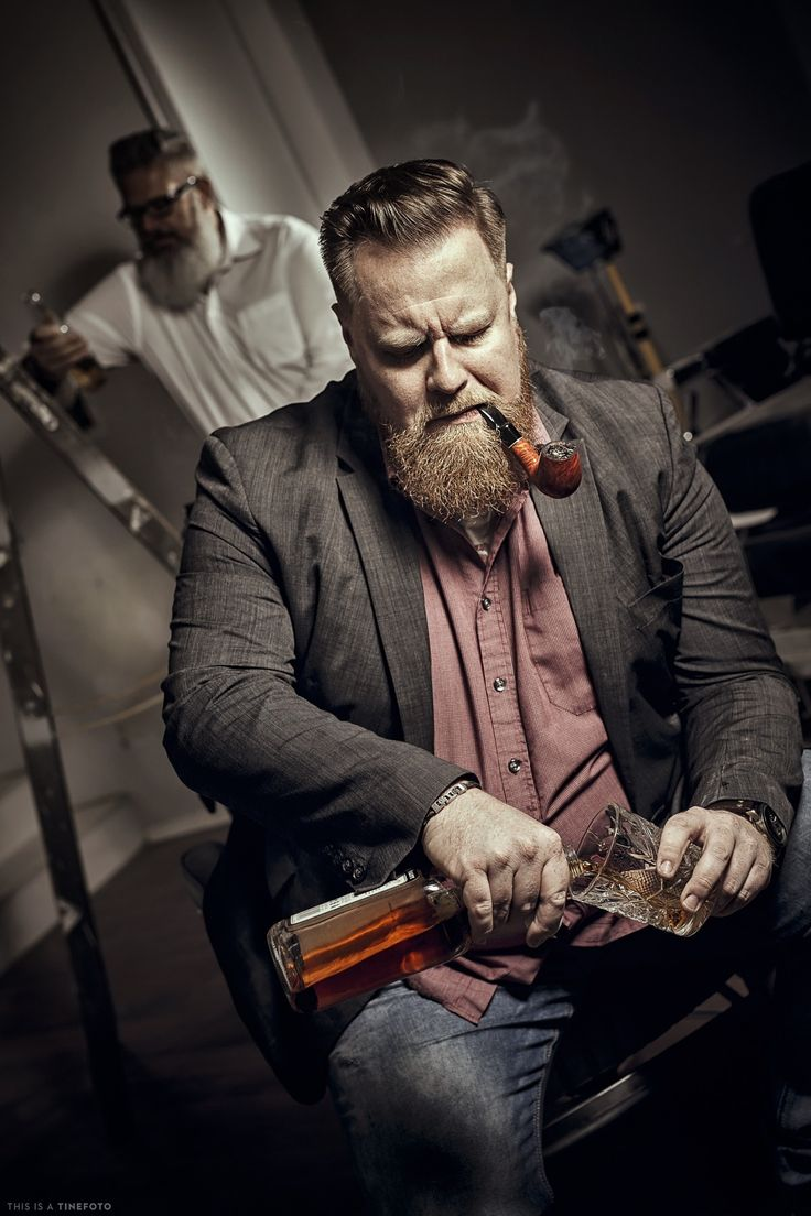 """Glaser AHA 2016-11-18 - ...something for the real man! a glass of Whiskey and a smooth pipe!  made for """"Barbershop Glaser"""" Klagenfurt, Carinthia."""