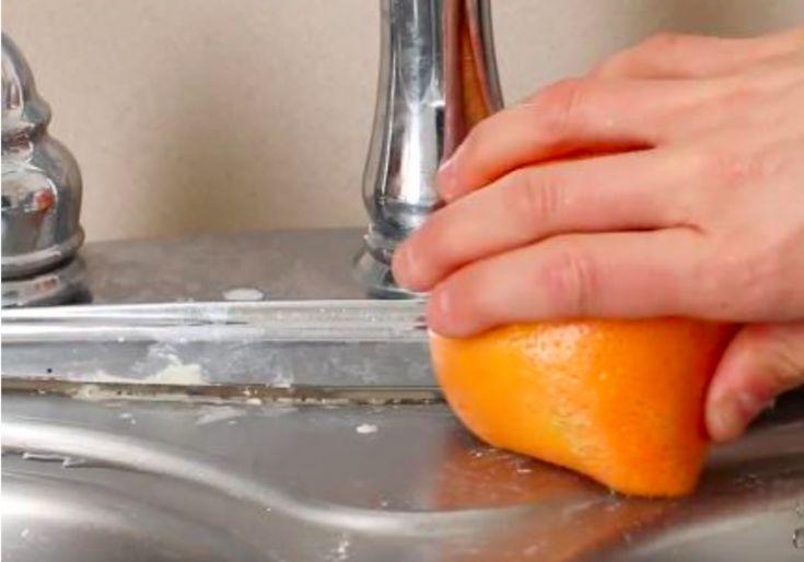 Un moyen naturel de retirer les traces de calcaire ou de rouille sur la vaisselle et l'évier