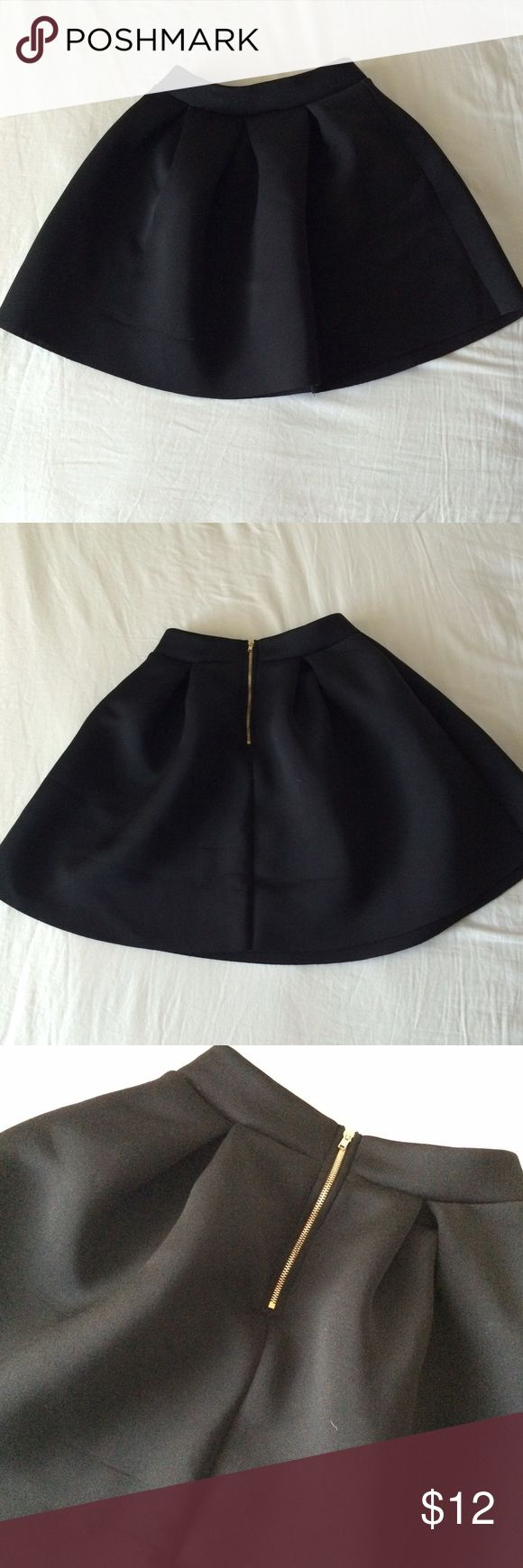 Bubble skater skirt Black bubble skirt. Very bouncy and breathable. Worn once for my speech and debate competition! OFFERS ARE WELCOME! ❤🌻 Charlotte Russe Skirts Circle & Skater