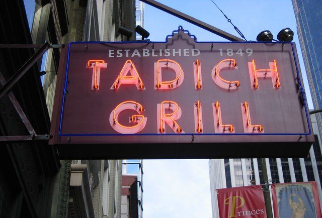 9 Old-School SF Restaurants That We Hope Never Close