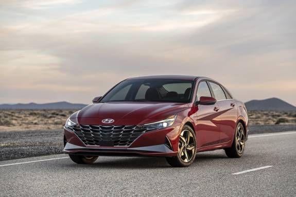 2021 Hyundai Elantra Debuts Packing Wireless Carplay And Android Auto In 2020 Hyundai Elantra Hyundai Elantra