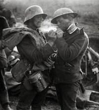 History of the Christmas Truce of 1914: Peace in the WWI Trenches #HistoryOfTheHolidays http://billpetro.com/history-of-the-christmas-truce
