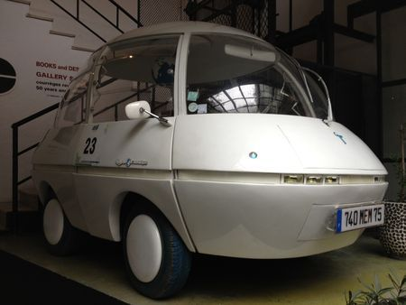 Coqueline Courrèges' electric-operated Bulle EV at Corso Como. Her husband Andre designed the battery powered protoype in 1969. #salonedelmobile #milan2012: Electric Vehicles, Courreges Cars, Fashion Icons, Cars Prototyp, Power Cars, Electric Bubbles, Electric Cars, Bubbles Cars, Courreg Cars