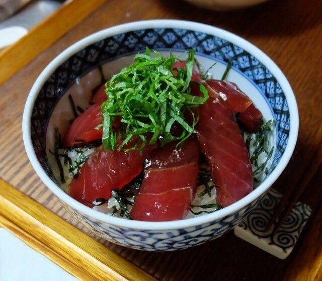 新鮮なうちに漬け込んだら丼にして豪快に味わってください。つくれぽ500件(≧∇≦)嬉しいレポありがとうごさいます!!