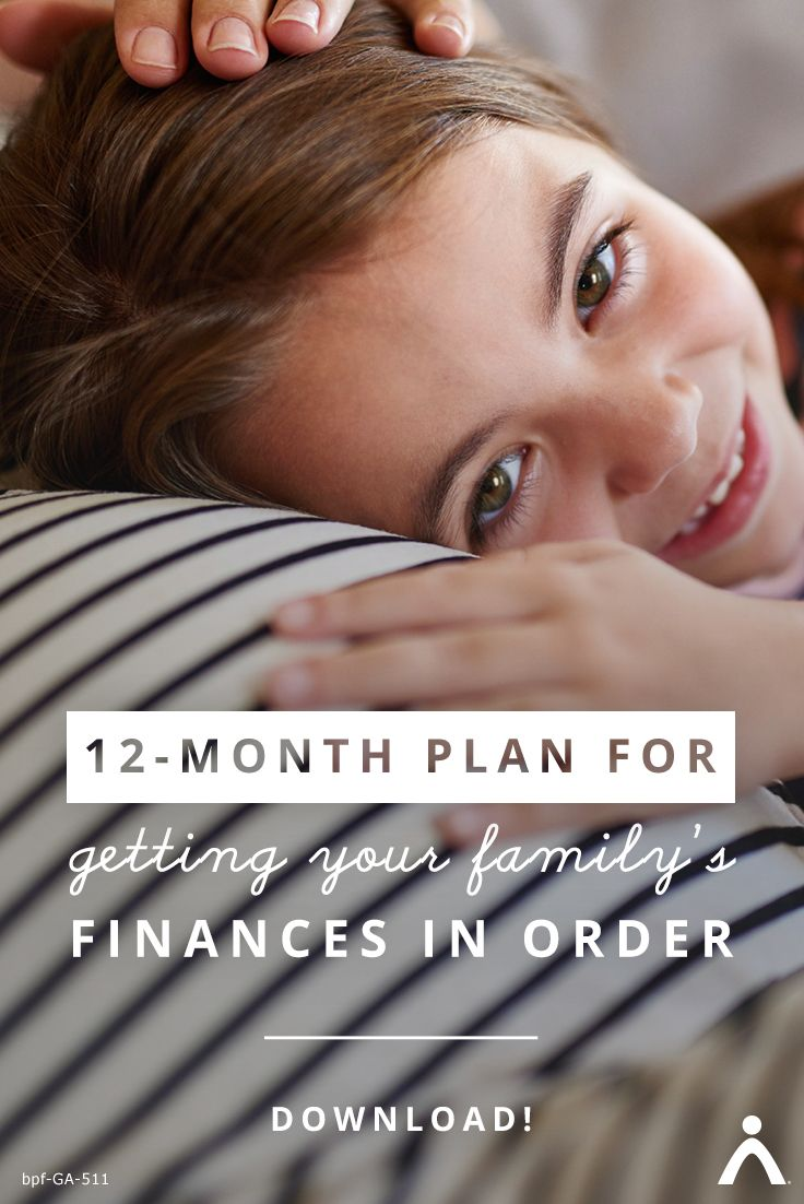 A year of money must-dos! | Whether you're getting ready for baby or already have a few little ones around, here are the smart money moves to make for growing families. Get the free guide here: https://www.brightpeakfinancial.com/growing-your-family-ebook/