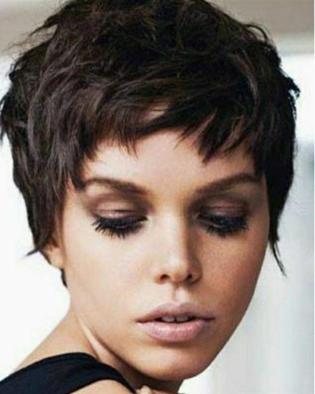 Frisur Mit Bildern Frisuren Kurzhaarschnitte Kurzhaarfrisuren