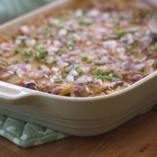 6 easy summer casseroles for entertaining--zucchini rice casserole, chilaquiles casserole, and more!