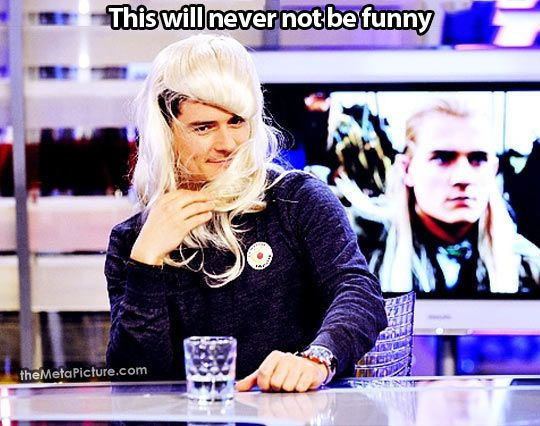 Orlando Bloom in his Legolas wig...