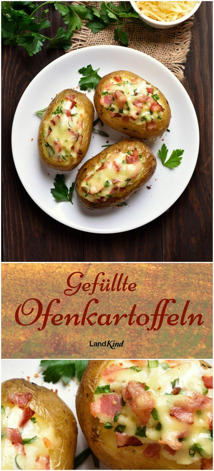 """Mit Frischkäse, Sahne, Schnittlauch, Zwiebel, Speck, Salz, Pfeffer und Käse werden aus schnöden Kartoffeln echte Leckerbissen! Das ganze Rezept gibt's im LandKind Spezial """"Herbst-Küche""""."""