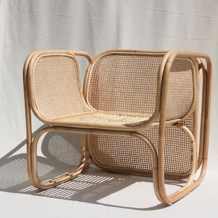 Image of The CANE LOUNGER in Natural