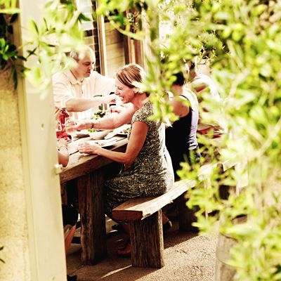 Piazza Cafe Montalto vineyard red hill