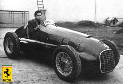 """7. Şirketini borç batağından kurtarmak için İtalyan mafyasından borç alan Enzo Ferrari, borcunu geri ödeyemeyince mafya borcunu Alfredo'yu zehirleyerek Enzo'ya ödetir. O dönemde gerek medya, gerekse mahkeme tutanakları Alfredo'nun """"kas gelişememezliği hastalığından ya da uyuşturucu kullandığından dolayı öldüğünü öne sürdüler. Fakat Alfredo Vittorio Jano'ya ölümünden 1 yıl önce Formula 2 araçlarının motor tekniğini ilettiğinden, son dönemlerinde gayet sağlıklı ve dinç olduğu anlaşılabiliyor."""