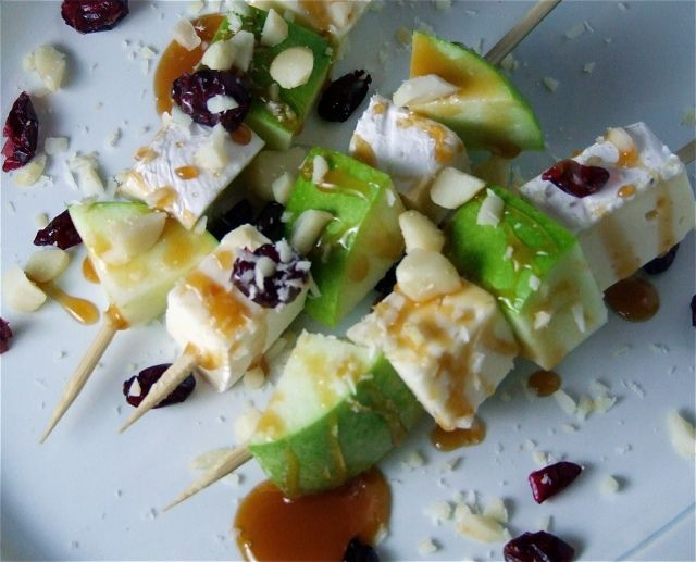 Caramel Apple & Brie Skewers.  These would make the perfect wine pairing. #WerthersCaramels #Caramel