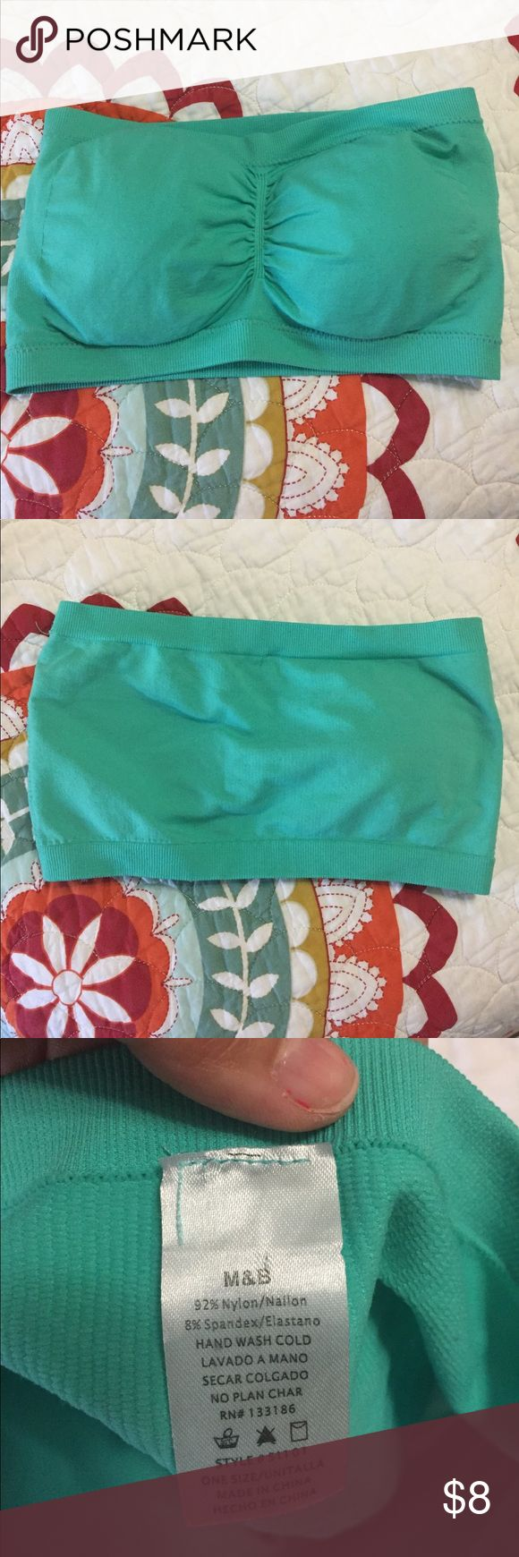 Bandeau Top padded elastic green one size Beautiful green color, this one size Bandeau Top is padded for no show through. Wear it with your favorite cami, dress or sheer top! One Size. Never used! Brand new just no tag! M&B Intimates & Sleepwear Bandeaus
