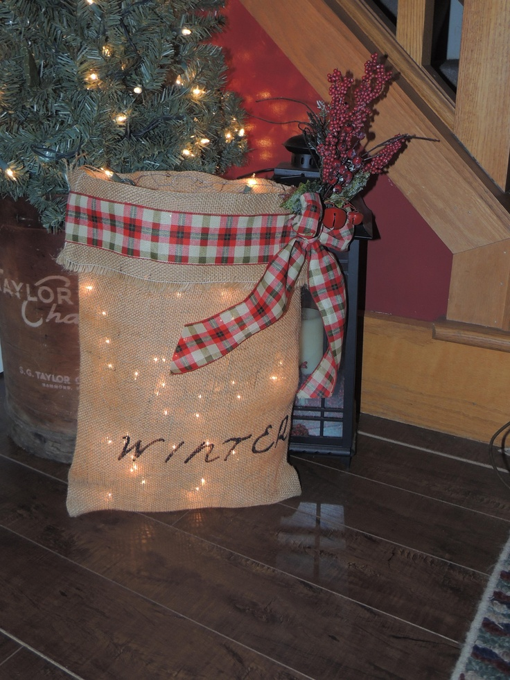 Lighted Winter primitive decoration