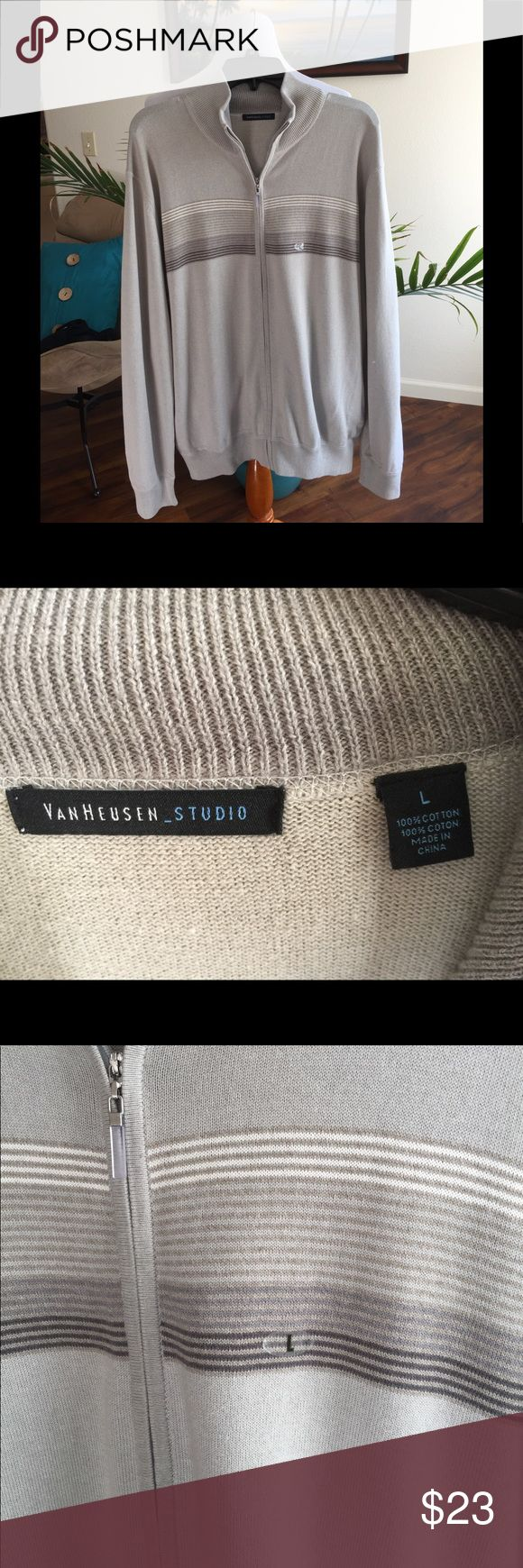 VAN HEUSEN STUDIO SWEATER, MENS,  L LIGHT GRAY,  MENS, ZIP UP CARDIGAN SWEATER,  SIZE L,   MY FATHER NEVER WORE IT, STILL HAS SIZE STICKER ON IT, HE GOT ILL AND LOST TO MUCH WEIGHT.  VERY HANDSOME. Van Heusen Sweaters Cardigan