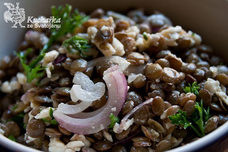 Kuchařka ze Svatojánu: ČOČKOVÝ SALÁT S BALKÁNSKÝM SÝREM