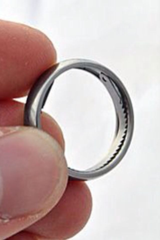Hidden Handcuff Key Ring