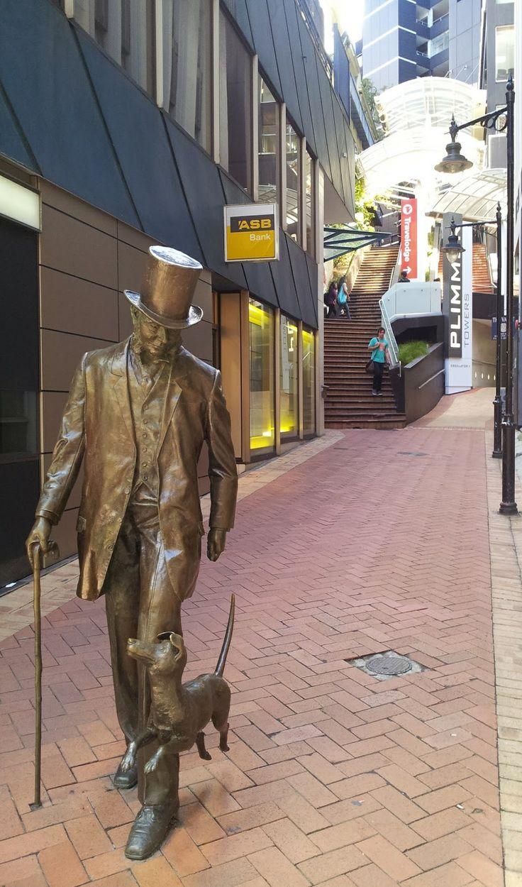 Bronze Statue of John Plimmer & Plimmer Steps - Wellington NZ