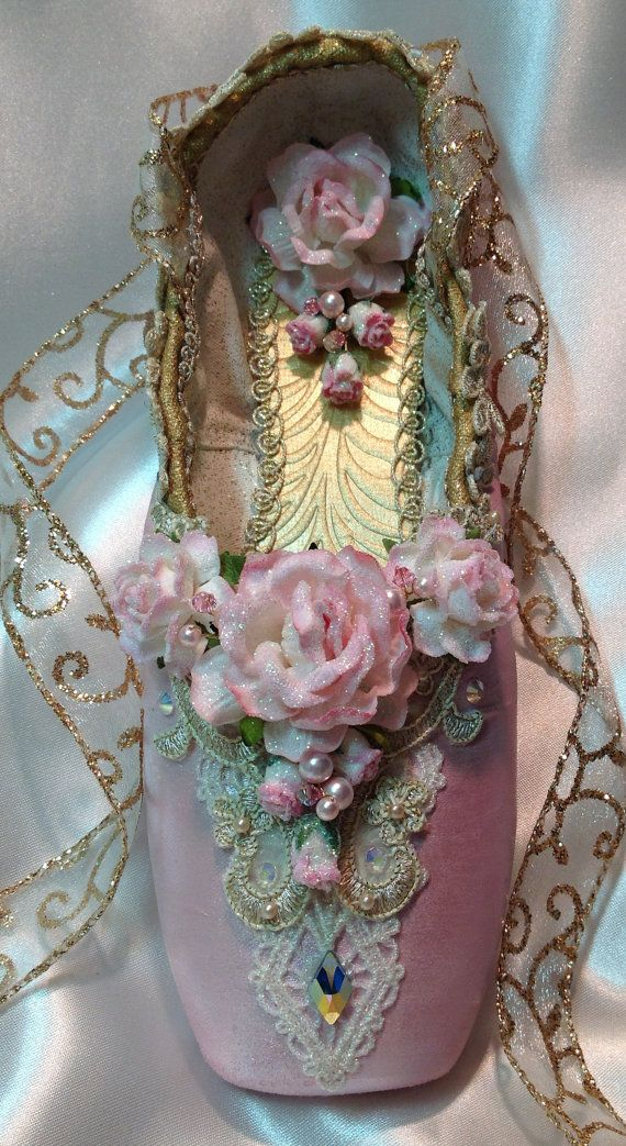 Pink and Gold Sugarplum Fairy decorated pointe by DesignsEnPointe
