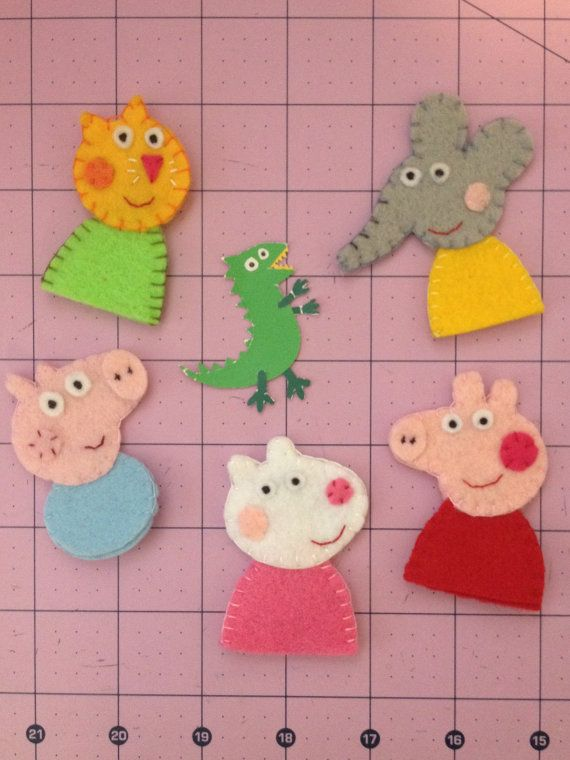 Peppa Pig Felt Finger Puppets Friend Set with George Pig, Emily Elephant, Suzy Sheep, and Candy Cat