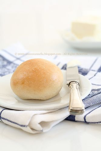 Anice&Cannella: Bocconcini di pane al burro... e 100!