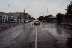 """В Тамбове """"Лада Гранта"""" сбила 11-летнего мальчика.  В Тамбове на улице Базарной произошло ДТП. Как сообщает Госавтоинспекция Тамбовской области водитель автомобиля """"Лада Гранта"""" 38-летняя женщина наехала на пешехода. Одиннадцатилетний мальчик переходил проезжую часть по нерегулируемому пешеходному переходу.  В результате ДТП ребёнок получил травмы. Его на автомобиле скорой медицинской помощи доставили в Тамбовскую областную детскую клиническую больницу.    http://mirtesen.ru/pad/43718320794…"""